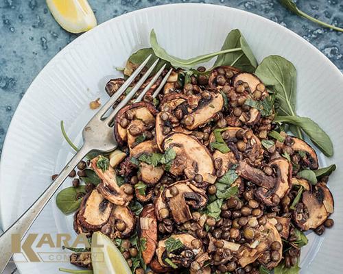 طرز تهیه سالاد قارچ و عدس در آشپزخانه کارال
