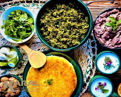طرز تهیه خیار قاتق در ظروف کارال
