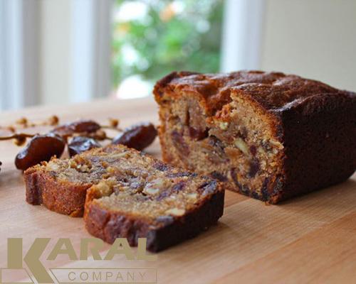 طرز تهیه کیک خرما در کارگاه آشپزی کارال